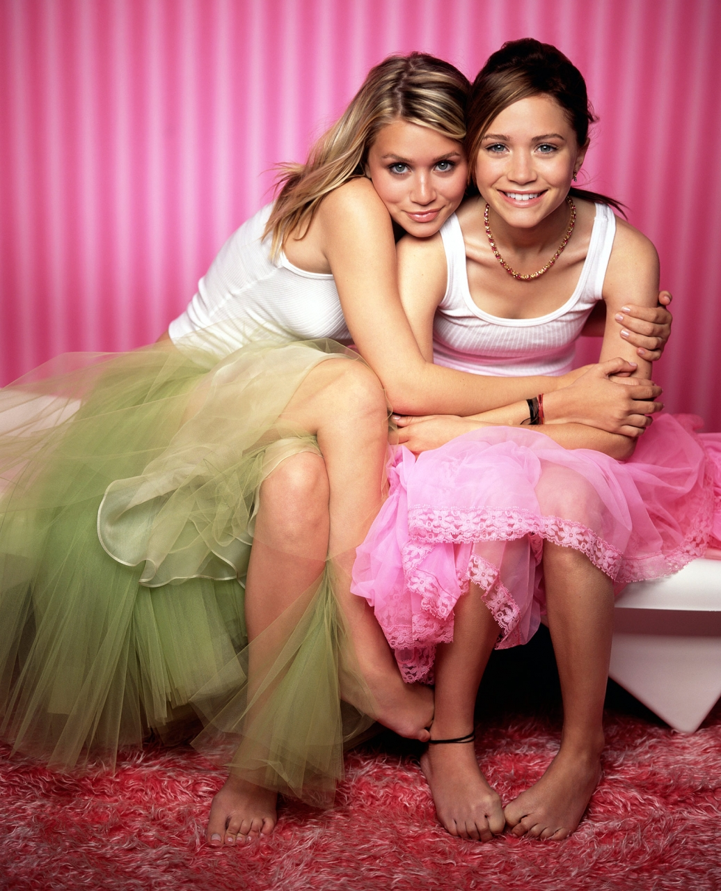 Does olsen twins nude together