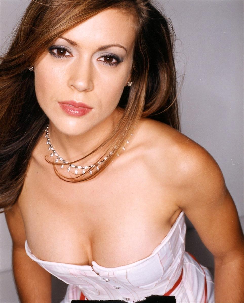 Alyssa Milano Nude Porn alyssa milano naked caps & pics