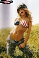 Jessica Simpson ponig in military gear